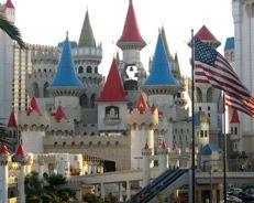 Excalibur Hotel Casino Excalibur Hotel Casino incluye un restaurante, bar junto a la piscina y bar o lounge. Servicio de habitaciones las 24 horas. http://lasvegasnespanol.com/en-las-vegas/excalibur-hotel-casino/