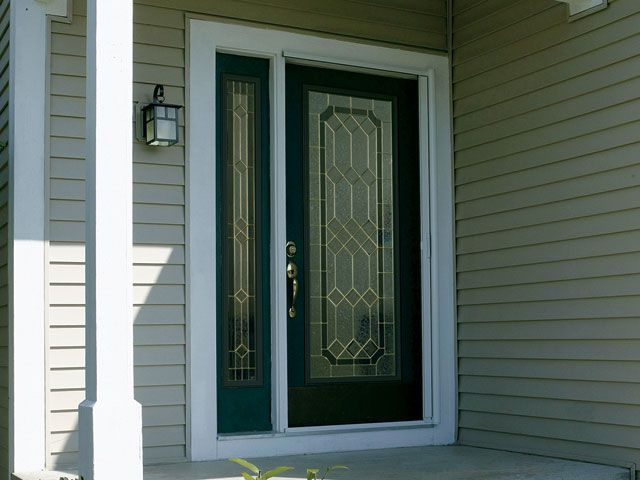The geometric design of glue chip bevels and glass with its classically intricate detail creates a striking centerpiece for your home. Enjoy this stylish design that provides both privacy and beauty. Our doors feature trusted brands like Plastpro, Jeld-Wen, & ODL.