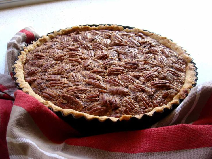 Maple Syrup Pecan Pie - Cooking with Tenina #thermomix #tenina #recipe