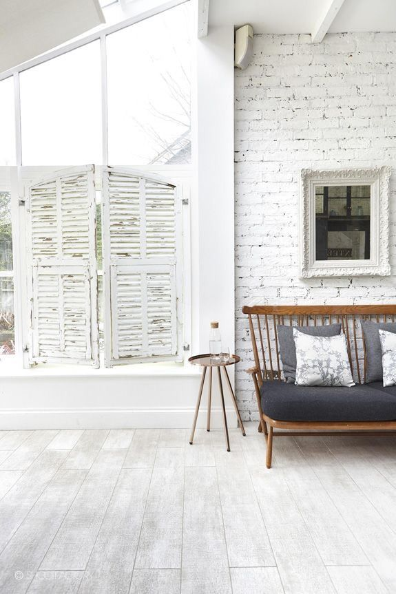 scandinavian modern living with this beautiful light & airy appartement