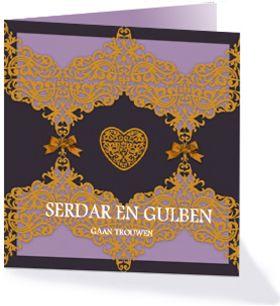 Deze Oosterse trouwkaart kondigt de bruiloft van Serdar en Gulben aan. Aan de kleuren en de vormen te zien wordt het een Arabische bruiloft.