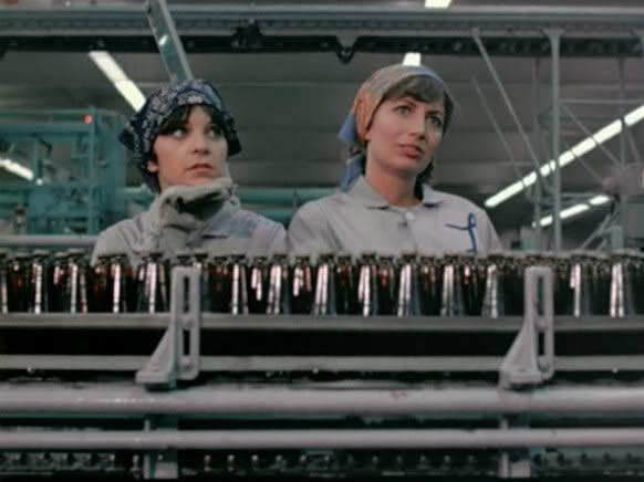 Penny Marshall and Cindy Williams in Laverne and Shirley, 1976-83