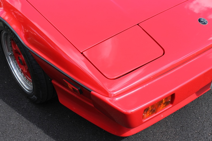 The perfect wedge - one of the last Giugiaro design Esprits