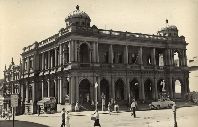 Newcastle NSW Post Office in the 1960s - neo-Palladian style architecture/ Walter Vernon architect, completed 1903