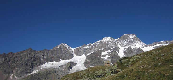 Escursione nel Vallone di Cime Bianche https://hikcal.com/italy/escursione-nel-vallone-di-cime-bianche/ #thehikingcalendar #Adventure #Escursione #Excursion #Ghiacciaio #Glacier #Hike #Hiking #Montagna #Mountain #Nature #Outdoor #Outdoors