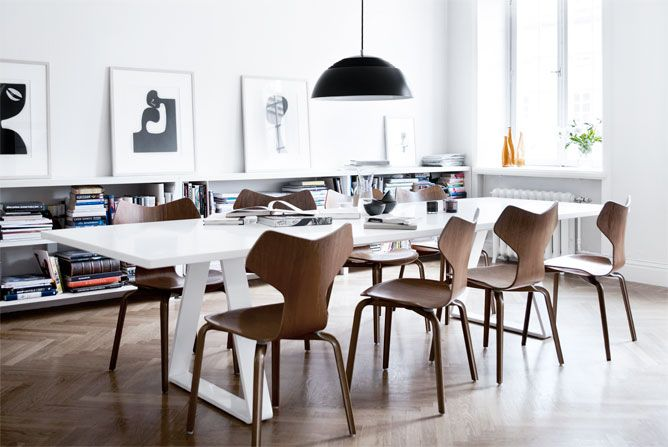 AJ Royal pendant lamp by Arne Jacobsen from Louis Poulsen and vintage Grand Prix chairs by Arne Jacobsen from Fritz Hansen