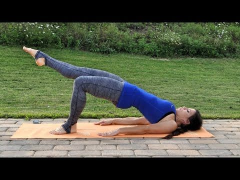 Yoga Stretch and Strength (20 Minutes) - YouTube