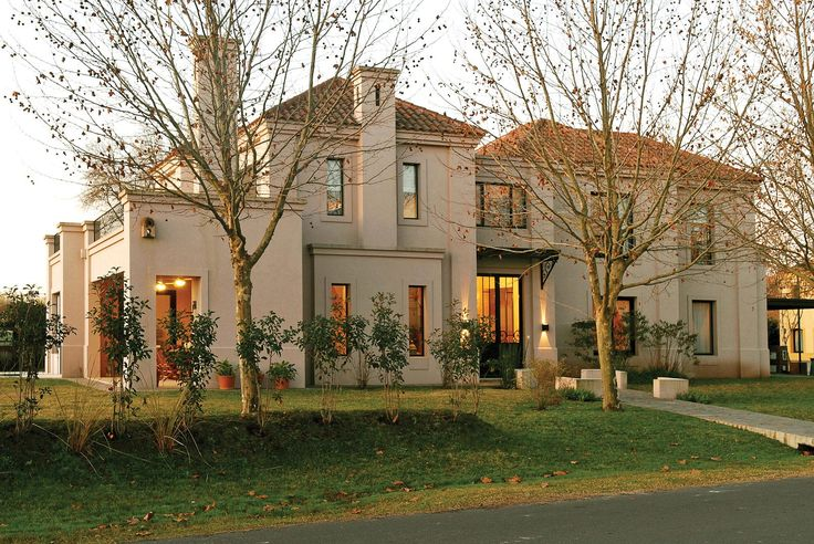 Marcela Parrado Arquitectura - Casa estilo neoclásico - Arquitectos - PortaldeArquitectos.com