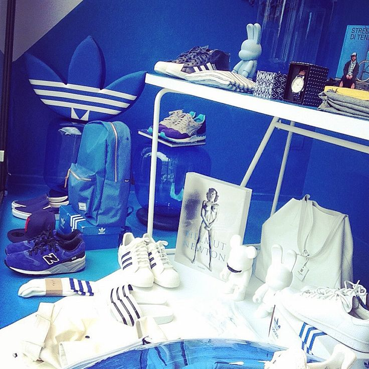 """""""Blue Window"""" - Notte Bianca 2015 @ The Gallery concept store"""