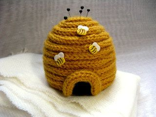 H'Ive Got Pins - Beehive Pincushion Pattern PDF. French/Spool Knitting