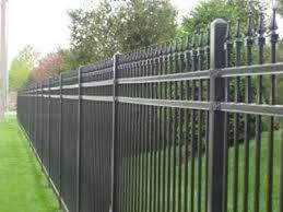 Risultati immagini per recinzioni metalliche prefabbricate