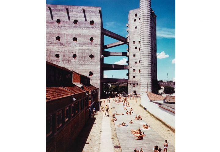 Il centro culturale e ricreativo Fabrica da Pompeia (SESC), progettato da Lina Bo Bardi a San Paolo