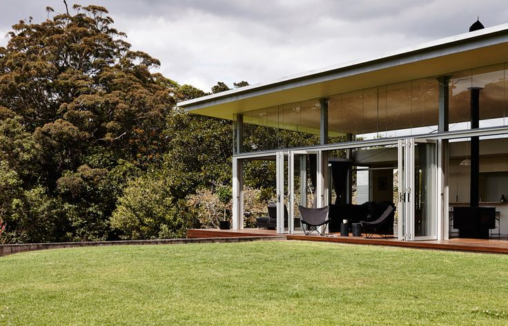 How the Mt Tamborine House Stands Clear