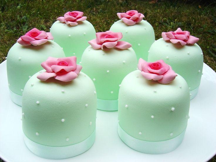 MINT GREEN MINI CAKES