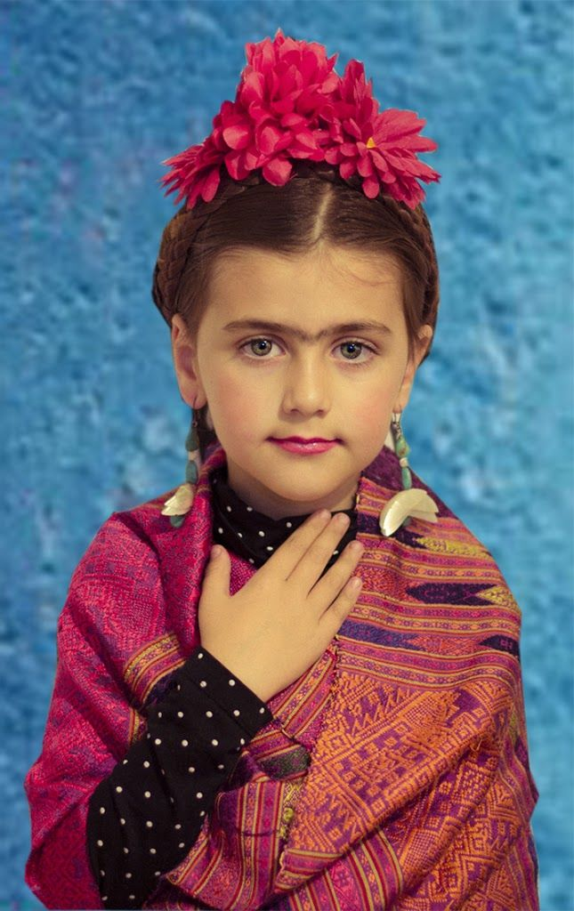 Frida Kahlo costume idea