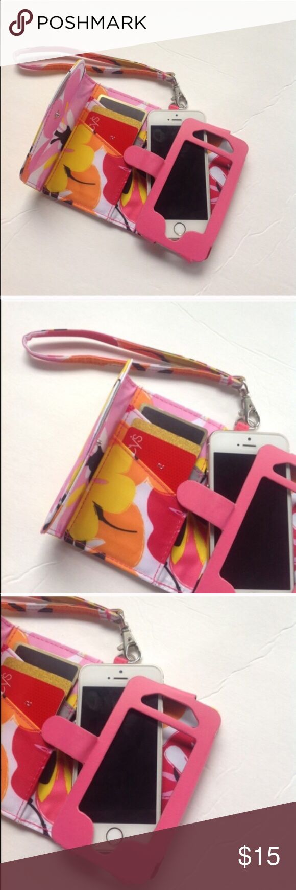 📛iPhone 4 wallet case Preloved iPhone 4 wallet wristlet Accessories Phone Cases