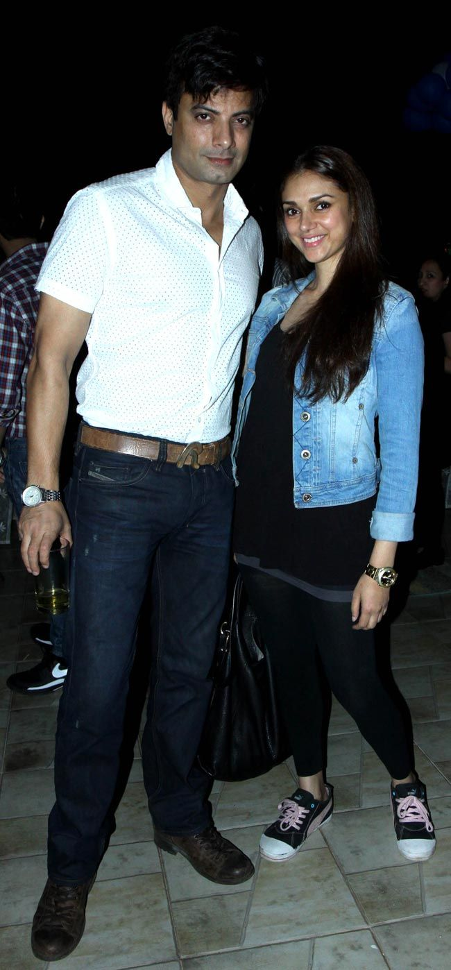 Also present at the birthday bash was actor Aditi Rao Hydari. Seen here with Rahul Bhat. #Style #Bollywood #Fashion #Beauty