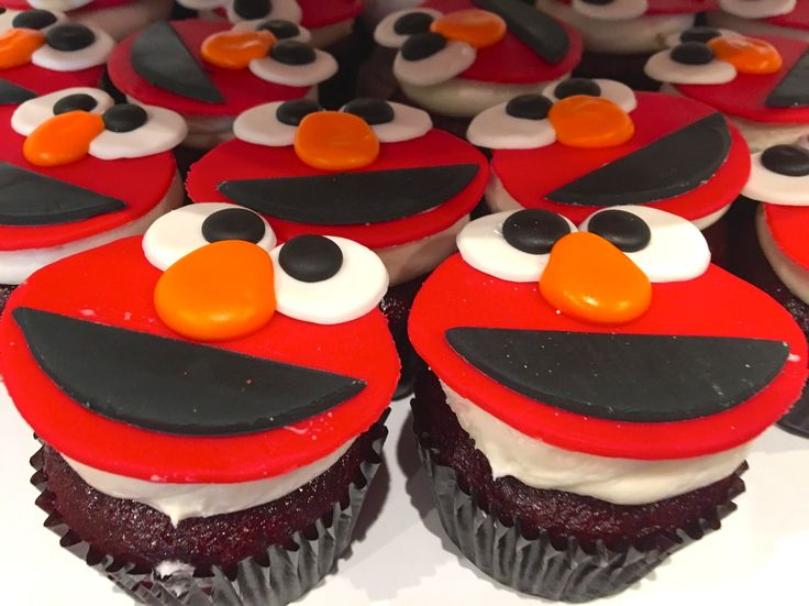 ... Custom Cupcakes on Pinterest | Cake Bakery, Goodies and Island Cake