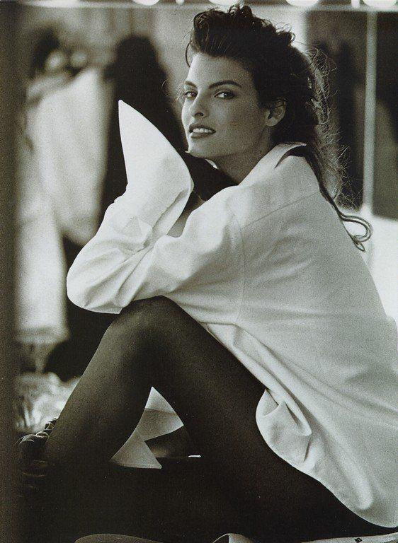 """Simplice"", Linda Evangelista by Peter Lindbergh for Vogue Italia, September 1988"