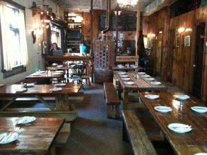 Robertas - Bushwick: Low Key, Restaurants Bar Brooklyn, Bars Restaurants, Bushwick Hipster, Hipster Heavens