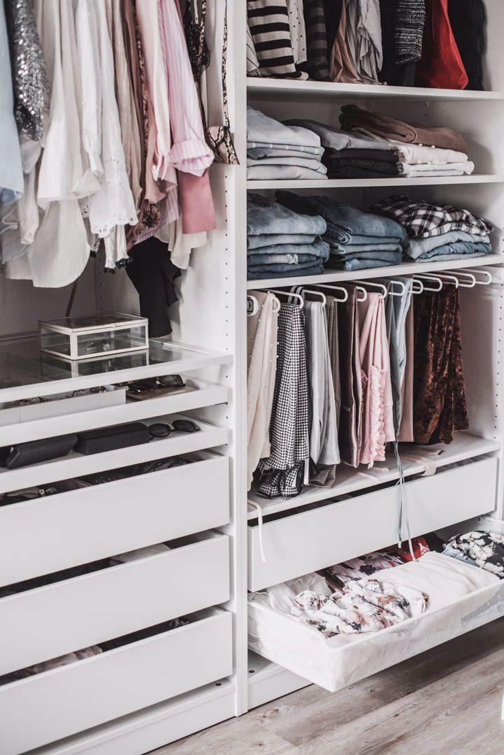 Einen Begehbaren Kleiderschrank Planen So Habe Ich Mein Ankleidezimmer Eingerichtet Julies Dresscode Fashion Life In 2020 Closet Planning Wardrobe Room Room Closet