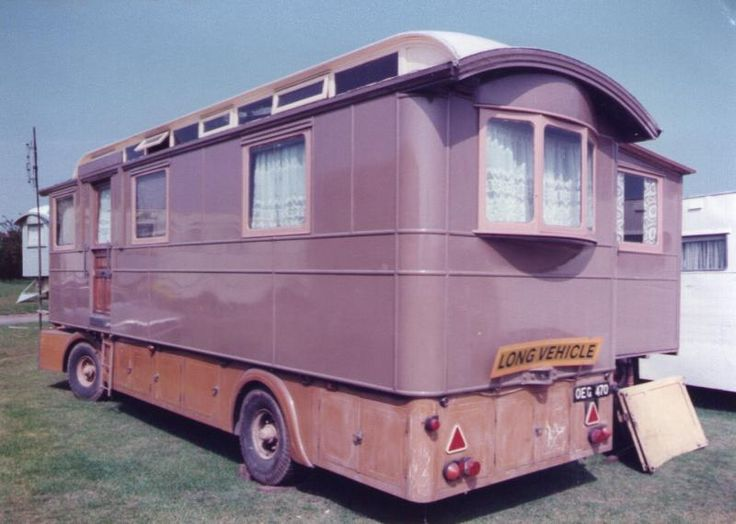 495 Best Images About Showmans Amp Gypsy Wagons On Pinterest