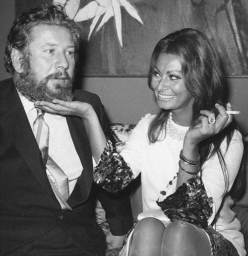 cinemamonamour:  Peter Ustinov and Sophia Loren, New York 1966