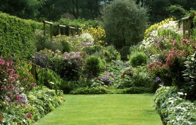 How to grow an English country garden  - housebeautiful.co.uk