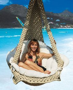 Macrame hanging chair - just amazing!