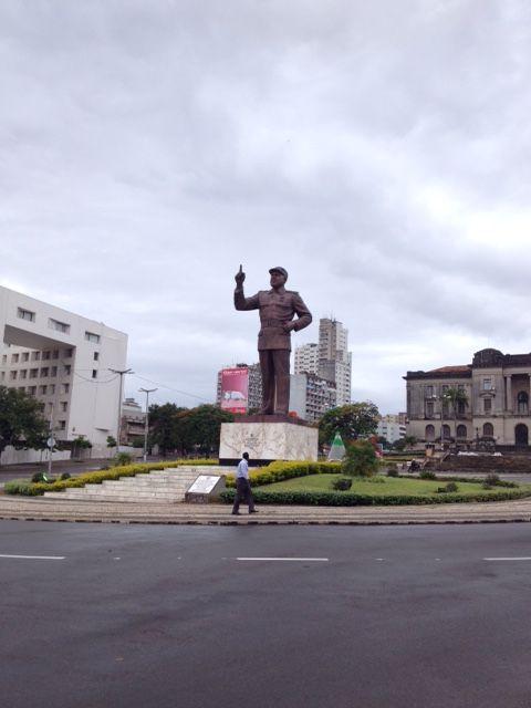 Samora Machel sigue marcando en rumbo en Maputo. ¿A dónde?