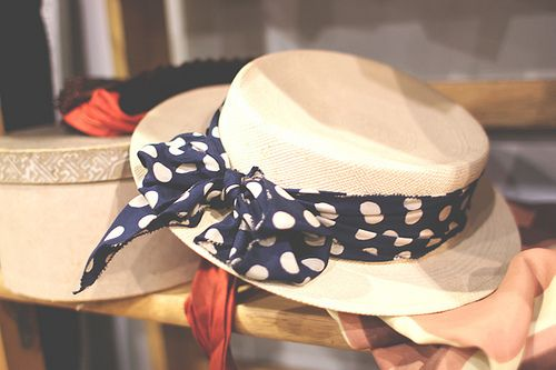 .: Polka Dots Hats, Summer Hats, Fashion Style, Condon Polkadot, Polkadot Hats, Chic Hats, Sun Hats, Gifts Certificates, Certificates Templates