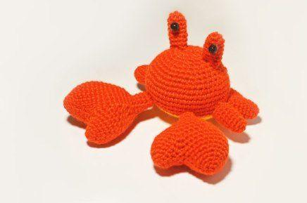 Crab amigurumi pattern