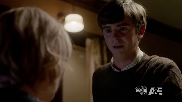 One of the more underappreciated performances currently on TV: Freddie Highmore as Norman Bates in 'Bates Motel' http://ift.tt/2oEAyAU