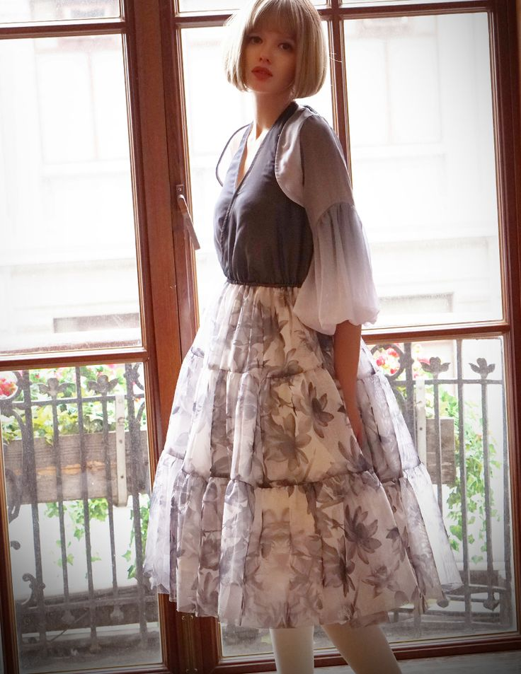 High quality lady dress set in Chinese style with special wash painting floral patterns, exclusive design, custom and plus sizes doable, reasonable price, providing express shipping.