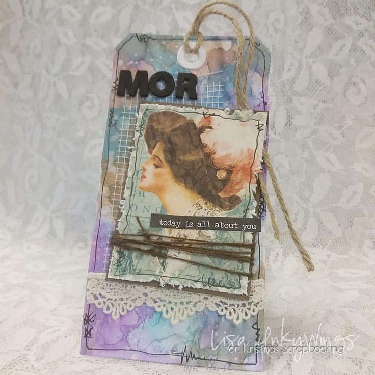 """En Tag till Mor - http://kristinasscrapbookingblogg.se/en-tag-till-mor/ - Godmorgon alla mammor! Idag är det eran dag - härligt va? Min dag kommer spenderas ihop med ett par andra mammor och så gör vi precis som vi vill - vi pysslar! Jag har skapat en tag som kan knytas fast på """"lilla mors"""" present, eller så behåller jag den helt enkelt själv och säger GRATTIS på..."""