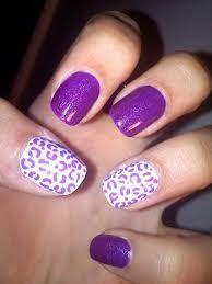 Liebe diese lila Nägel