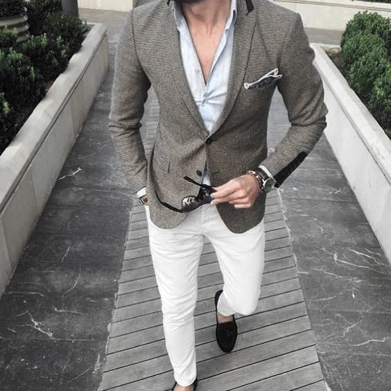 What To Wear With White Jeans For Men