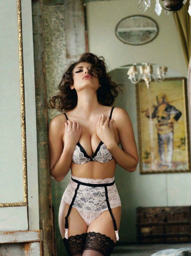 #vintage #lace #lingerie - love this boudoir look <3 #Bride #Wedding