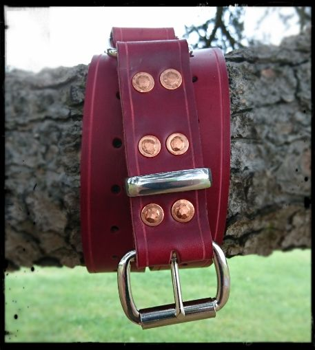 The burgundy red Italian leather of the Centurion hobble belt contrasts beautifully with 12 copper rivets and the steel fittings to make a visually stunning belt. It's a limited edition hobble belt that becomes a set of comfortable, strong bondage cuffs in just seconds.