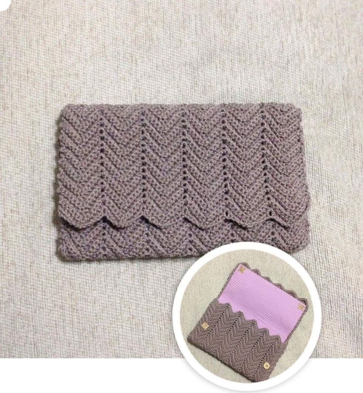 Crochet clutch 👛!!! Chevron stitch