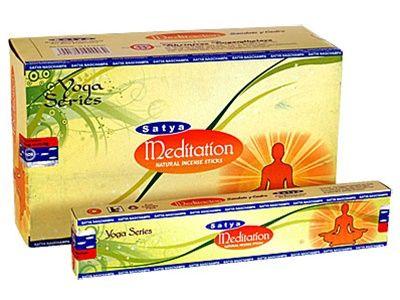 H Satya, ένα τμήμα της Shrinivas Sugandhalaya, είναι μία από τις πιο αξιόπιστες εταιρείες στην Ινδία σε στικάκια. Βασισμένο στο Bangalore, άριστη ποιότητα του ελέγχου Satya, εξασφαλίζει υψηλής ποιότητας στικάκια κατασκευασμένα από φυσικά συστατικά που είναι προσαρμοσμένες για τις διεθνείς αγορές. H Satya παρουσιάζει την σειρά Γιόγκα, διατίθεται σε συσκευασία 15 γραμμαρίων, μια επιλογή των αρωμάτων σχεδιάστηκε για να δημιουργήσει μια θετική ατμόσφαιρα.Eίναι από σανταλόξυλο και κέδρο.