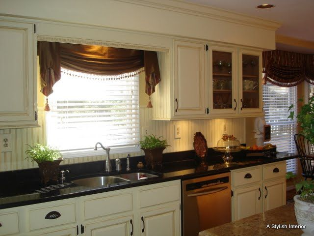 country kitchen window treatments 23 best images about trex front porch on 6181