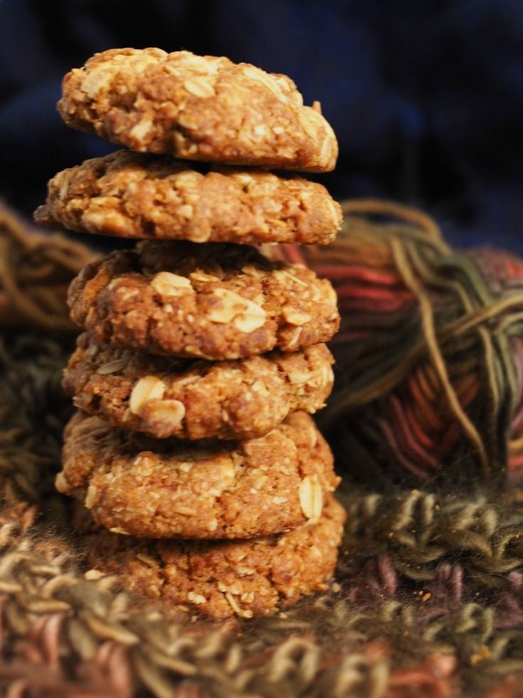Brown Butter Oatmeal Cookies with white chocolate chips - Champagne and Chips