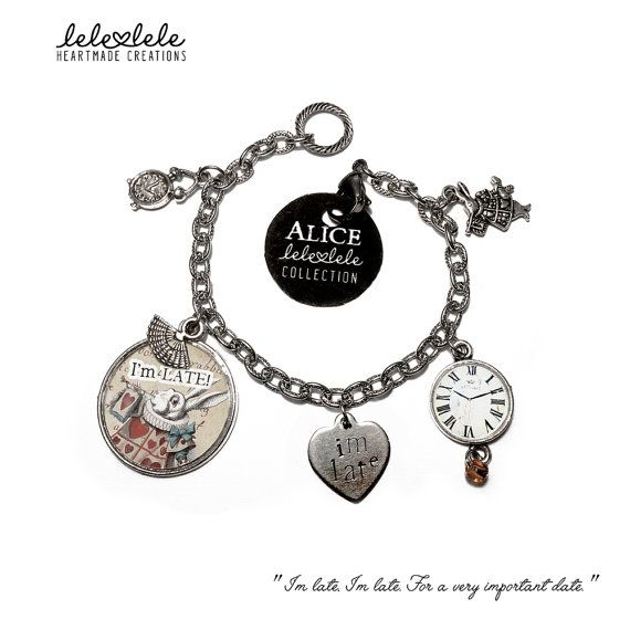 Steel bracelet with charms - White Rabbit - Alice in Wonderland - Bracciale in acciaio con ciondoli Alice in di LeleleleCreations