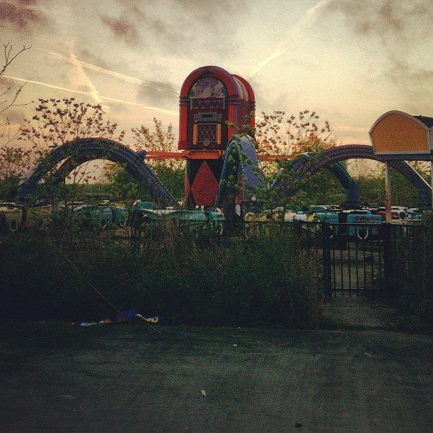 Joker's Jukebox Ride At Abandoned Six Flags New Orleans