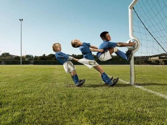 Les mercredi c'est le jour des enfants et du sport !  #oxylanevillage #foot http://www.oxylanevillage.com/foot-en-salle