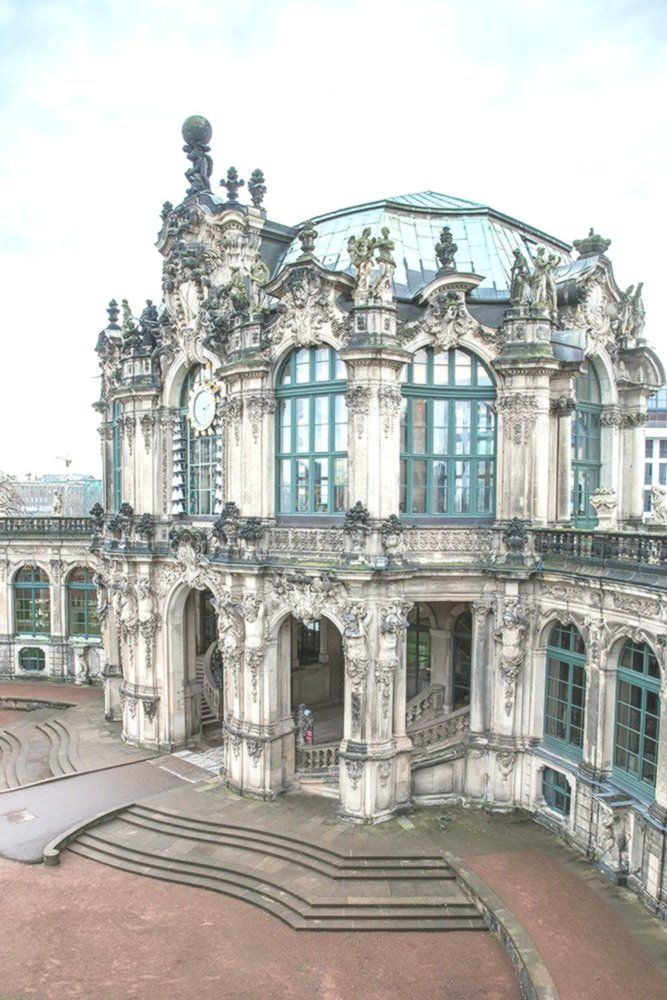 Zwinger Palace The Epitome Of Baroque Beauty In The World Escuela Arquitectura Arquitectura Diseno A Barock Architektur Barocke Architektur Architektur