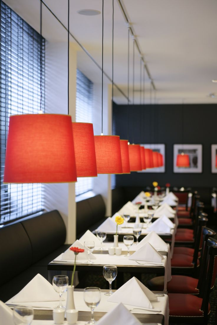 Enjoy a delicious meal at the restaurant sunlight! #restaurant #hotelrestaurant #interiordesign