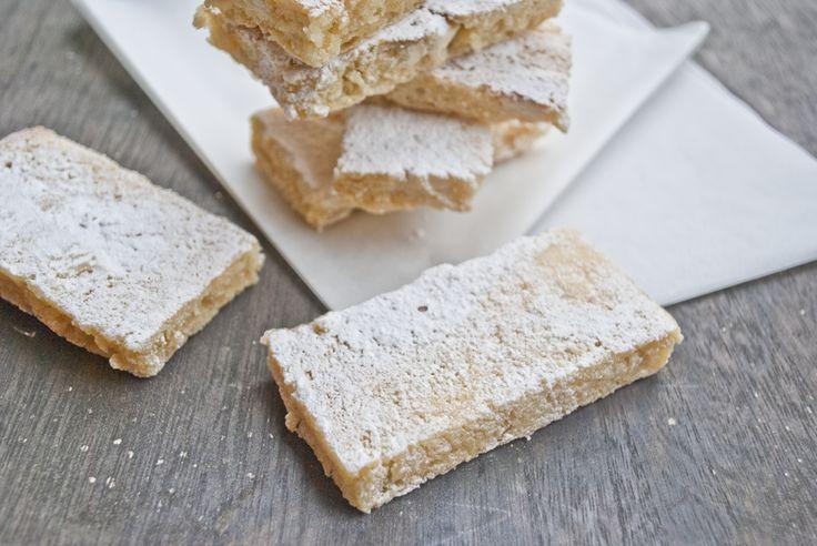 Blondies: Witte chocolade brownies - MIMES