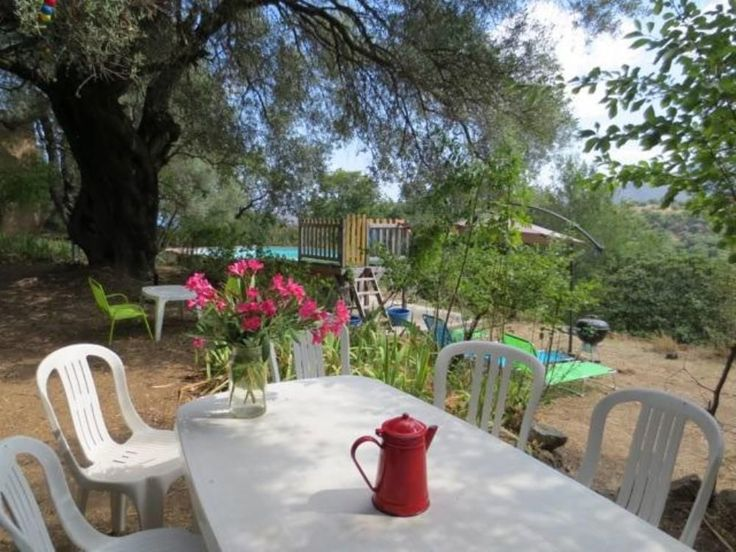 gde maison de charme, village près Ile-Rousse, à 8 km de plage, grand jardin avec piscine, 9-10 personnes, 750-1250 €, juin-octobre. - Haute Corse   Homelidays